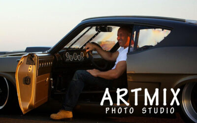 Ідеї для фото: чоловіча фотосесія з машиною в Харкові